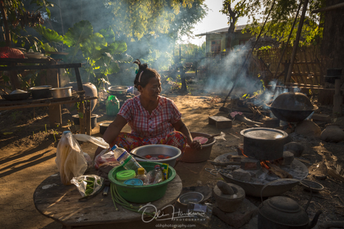 Iceland En Route - Myanmar Photo Workshop - Old woman preparing a meal