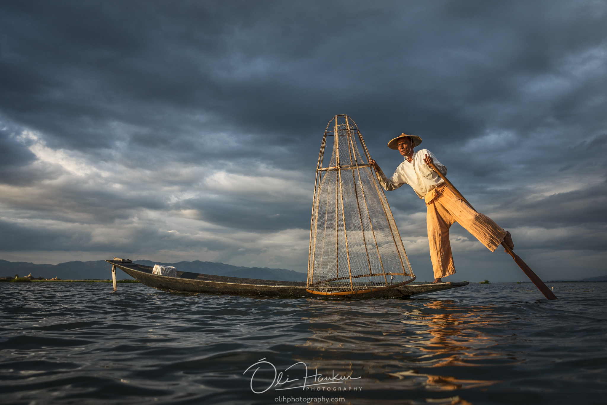 Iceland En Route - Myanmar Photo Workshop - fisherman lake inle